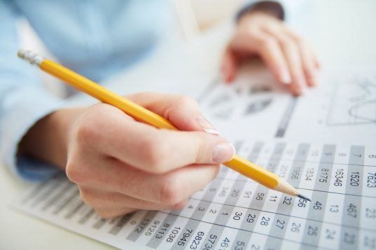 Guide to Hire the Right Bookkeeper